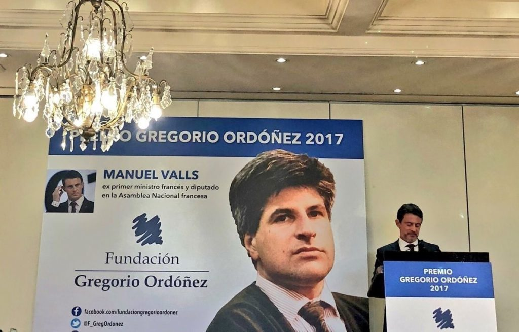 Valls apela a la cooperación España-Francia para derrotar a ETA y cree que «no puede haber cambios» en el país galo