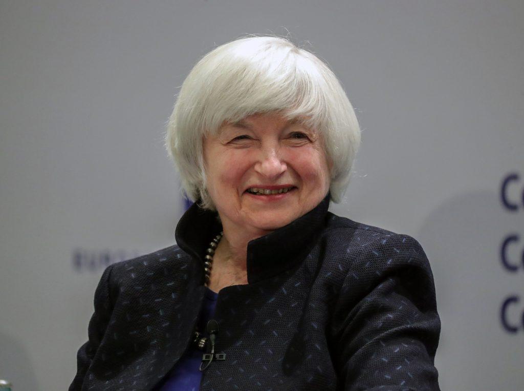 En su despedida de la Fed, Yellen reconoce que habría querido continuar