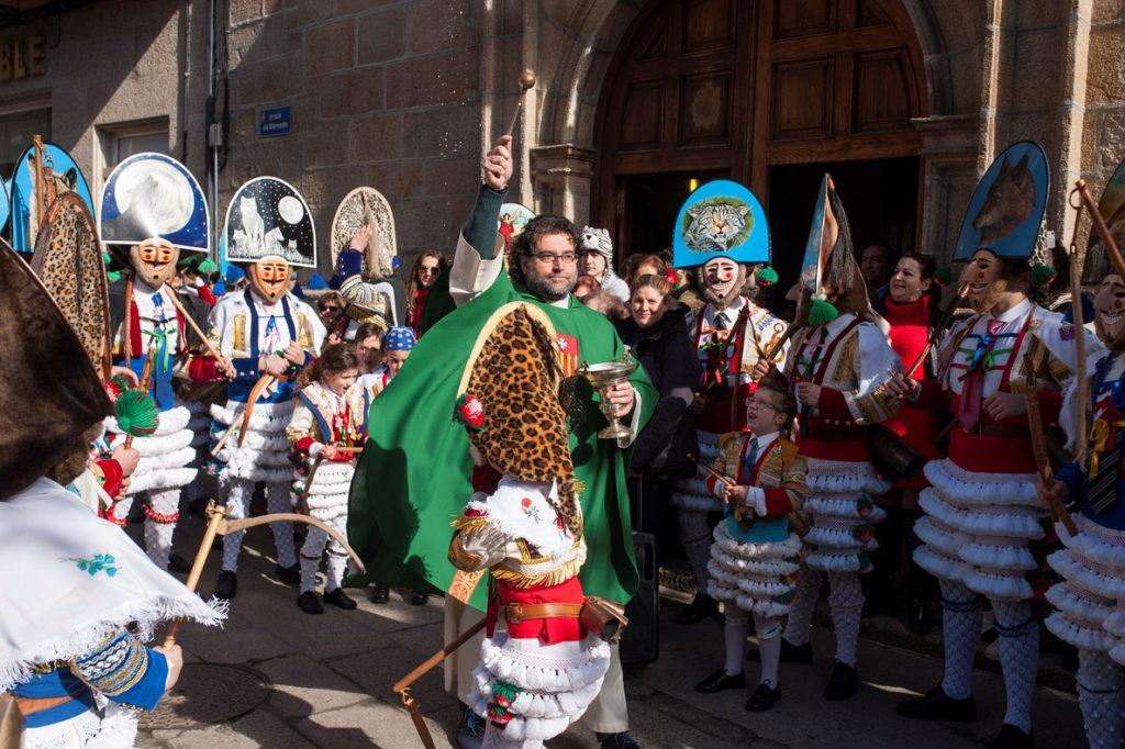 Cigarrones y Pantallas toman el pulso al Carnaval de Galicia