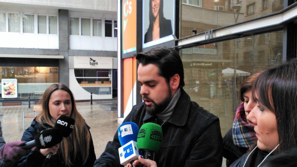 De Páramo (Cs) pide a JxCat que renuncie a Puigdemont: «Ha entrado en 'game over»