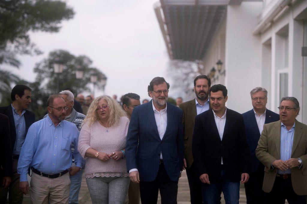 Rajoy justifica por el apoyo social ampliar los delitos con prisión permanente