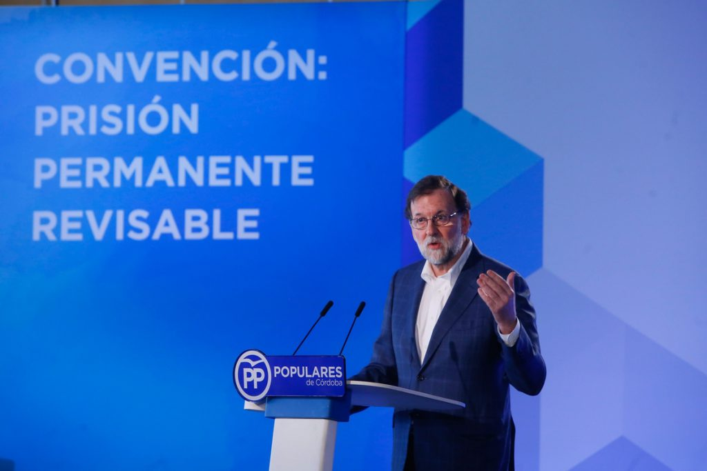 Rajoy dice a quienes buscan derogar la prisión permanente revisable que «el dolor» de las víctimas «no es revisable»