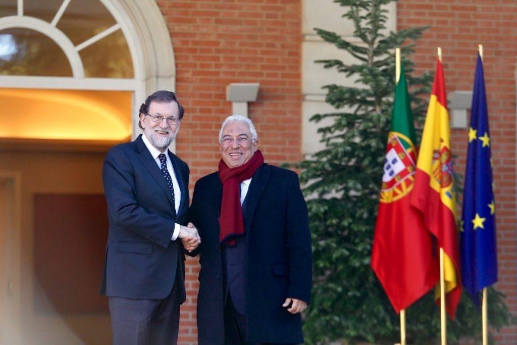 Rajoy recibe en Moncloa al primer ministro portugués para hablar de interconexiones y presupuesto europeo