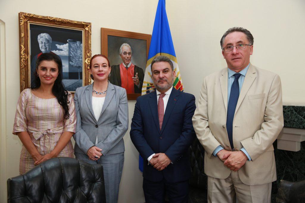 La Corte Interamericana rechaza la solicitud de medidas contra la consulta en Ecuador