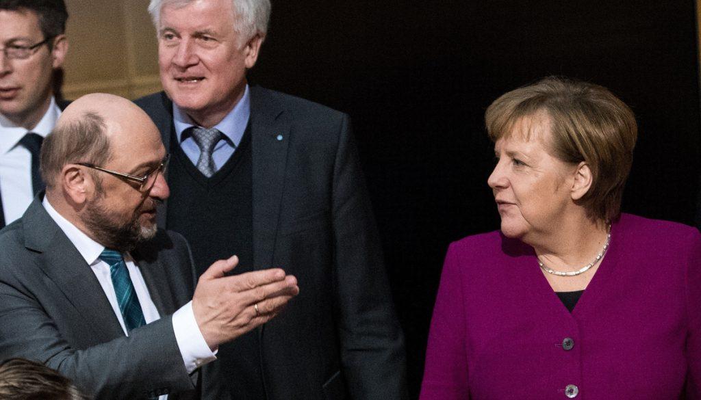 Descontento en las filas conservadores ante las concesiones de Merkel al SPD
