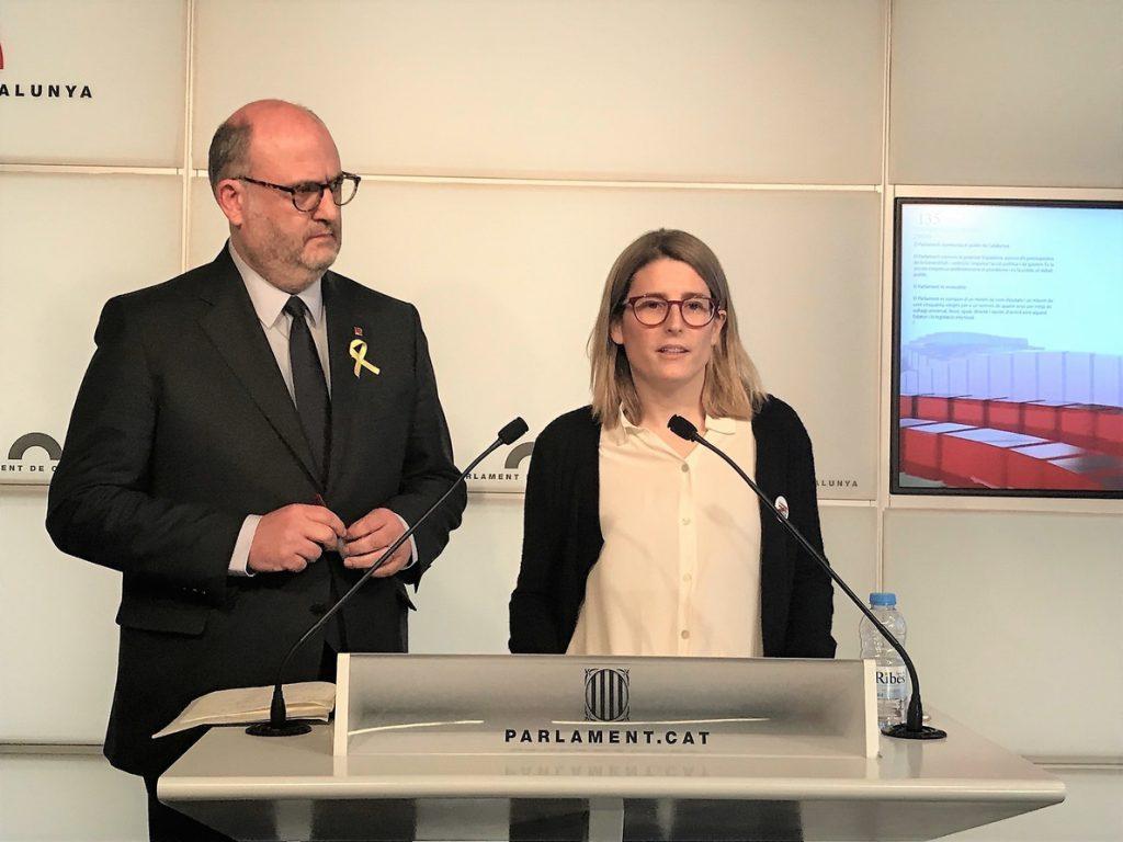 JxCat pide activar la Comisión del Reglamento en plena negociación por la investidura