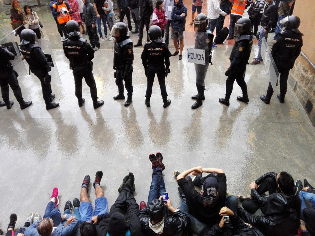 Puigdemont sobre regalos a policías en Murcia por el 1-O: «Franco estaría muy orgulloso»