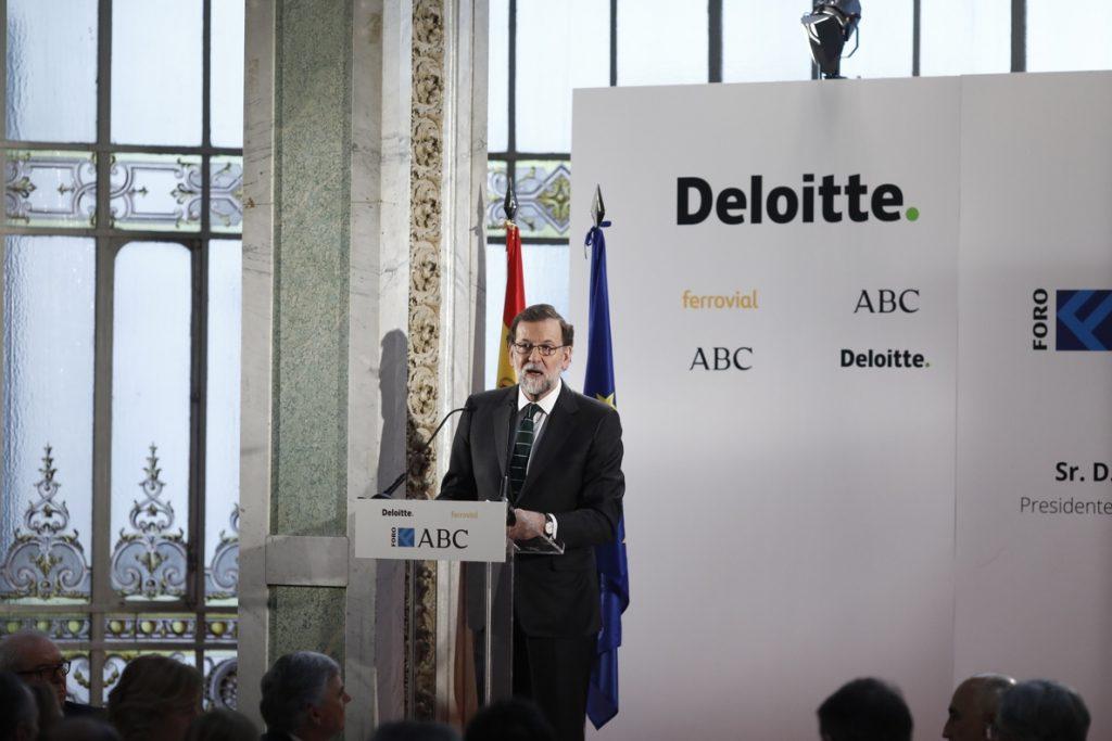 Rajoy, sobre Cs: «Entre partidos puede haber sus cosas y voy a trabajar para que Rivera haga honor a su palabra»