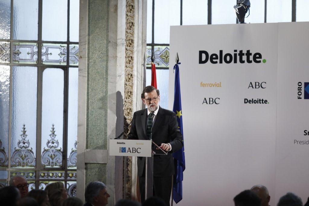 Rajoy: «Las empresas deben pagar impuestos allí donde obtengan sus beneficios, se llame Amazon o como sea»