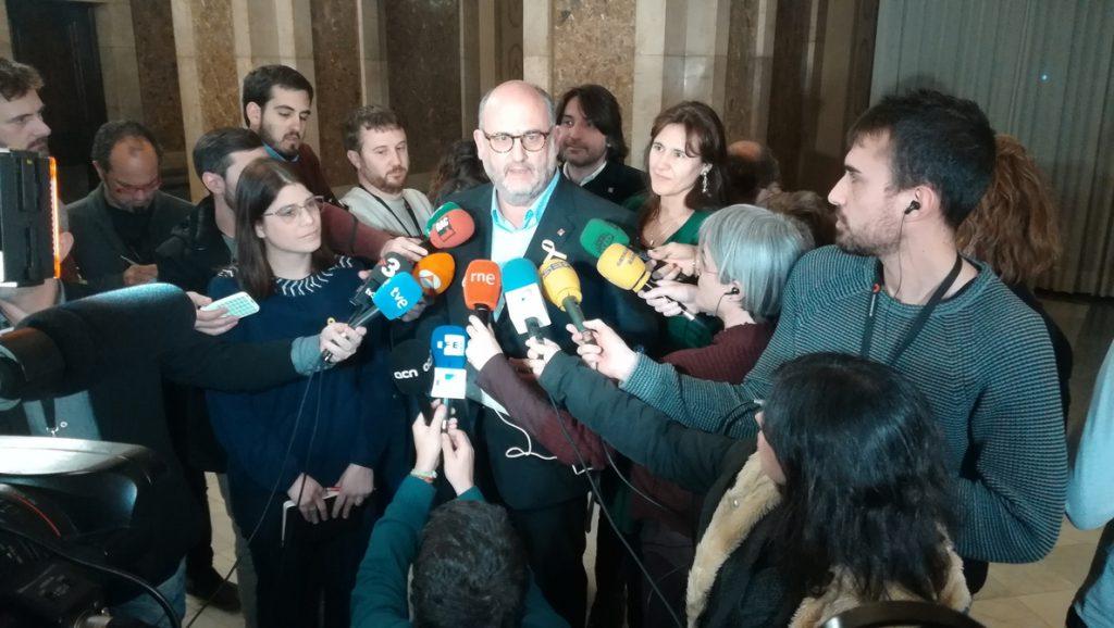 JxCat defiende cambiar la Ley de Presidencia y dar a Torrent «las garantías» que pedía