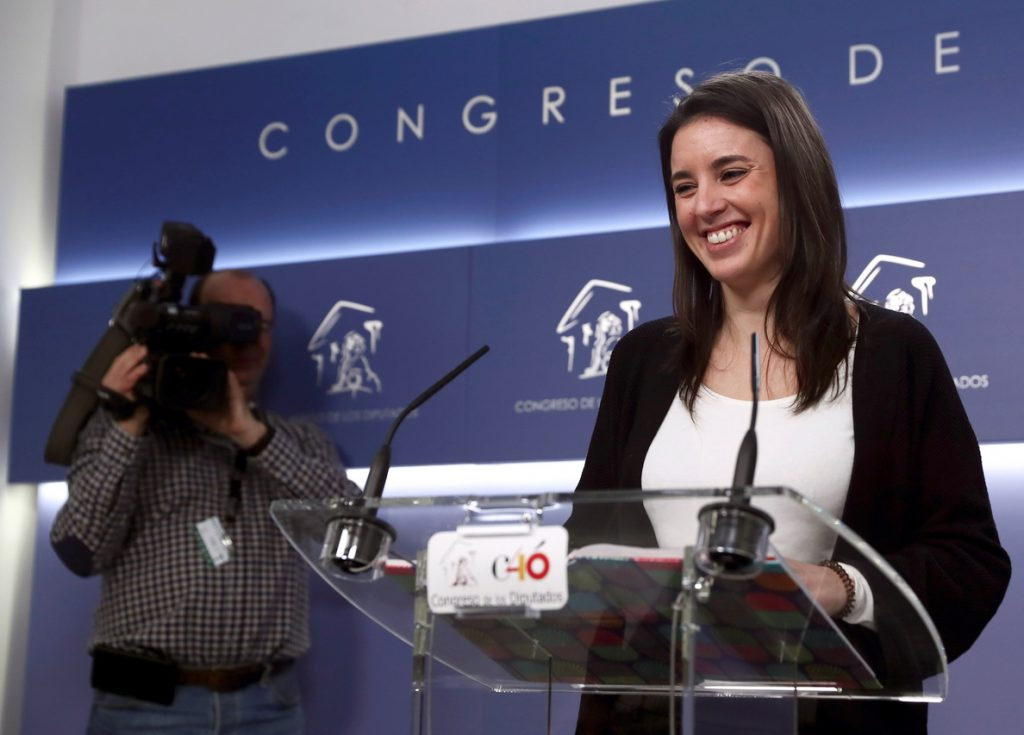 ¿Portavoces o 'portavozas'? El lapsus de Montero divide Twitter con #IrenaMontera