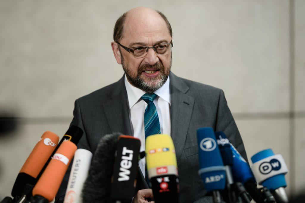 Schulz cede a las críticas y no será ministro de Exteriores de Merkel