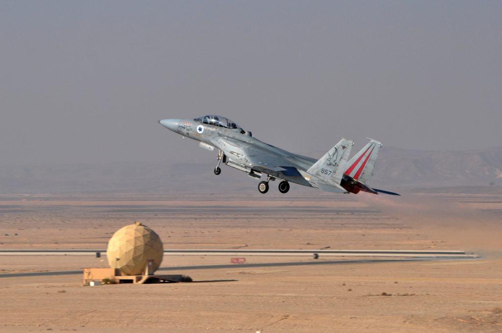 Líbano denuncia la entrada de aviones de combate israelíes en su espacio aéreo
