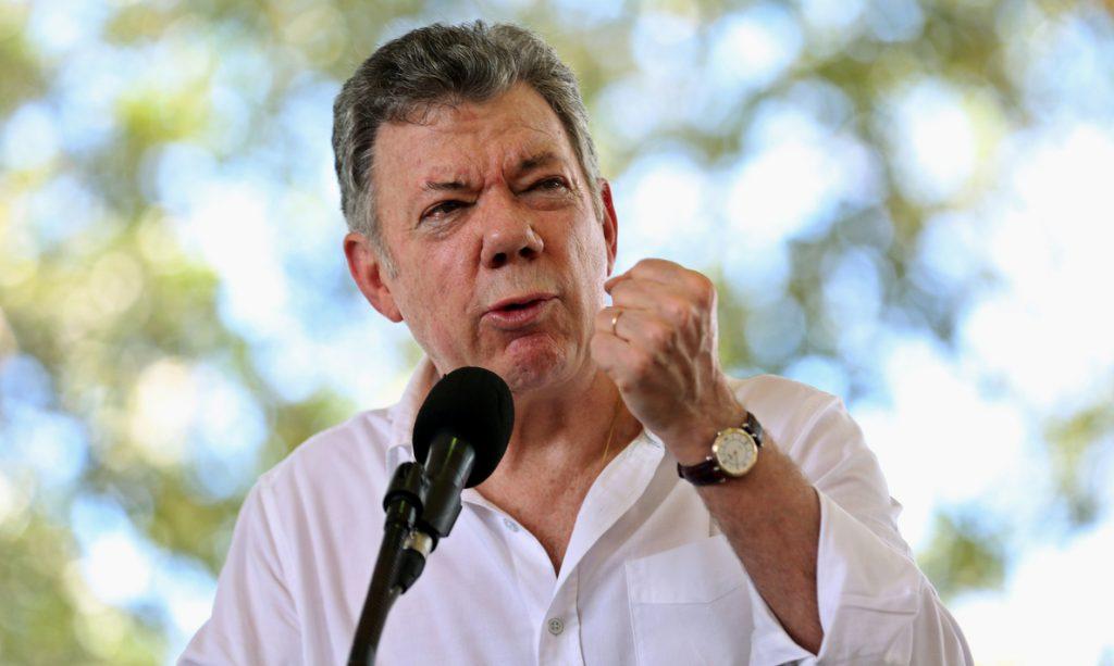 Santos dice que «va a ser muy difícil» reanudar los diálogos con el ELN