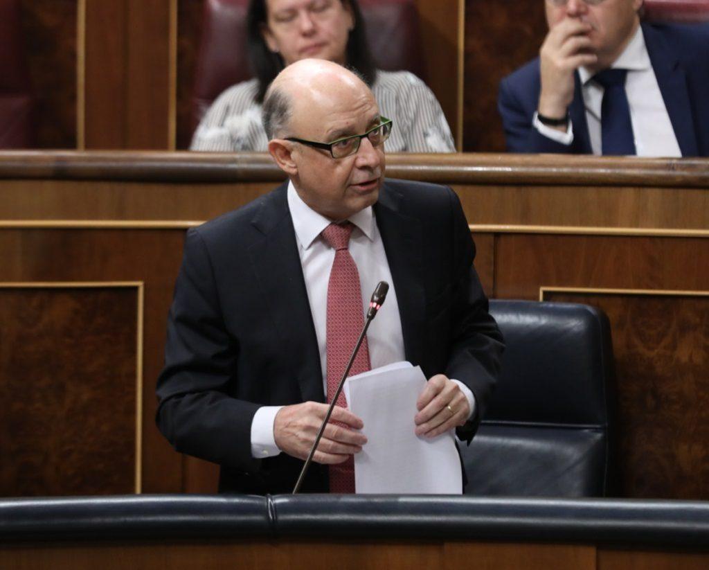 Hacienda aclara que no estudia crear un impuesto temporal para gravar a las grandes tecnológicas