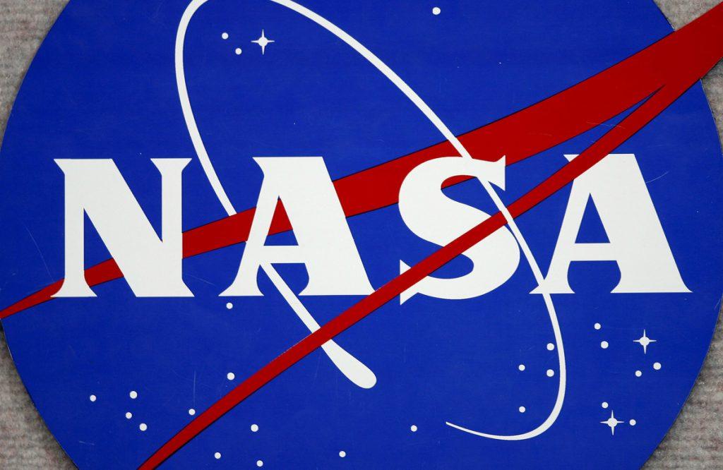 Trump incluye su reto de volver a la Luna en la propuesta presupuestaria de la NASA