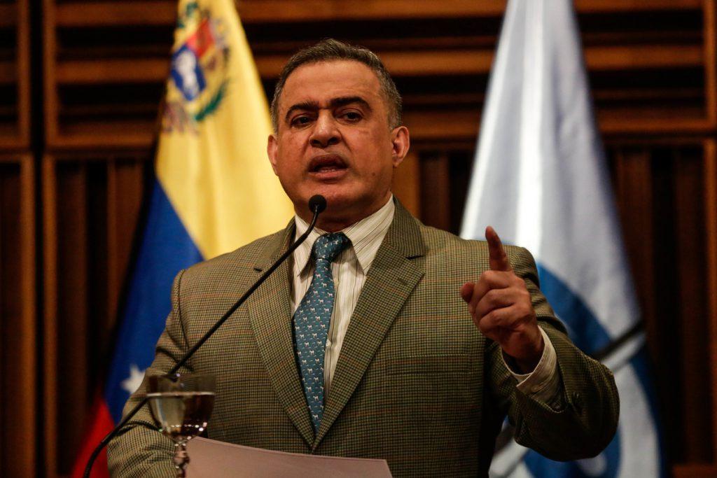 El fiscal venezolano denuncia que desde Colombia se planea «bombardear» el país