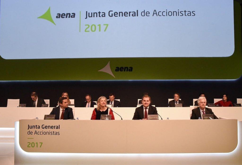 Aena gastó 747.791 en la organización de las juntas de accionistas de los tres últimos años