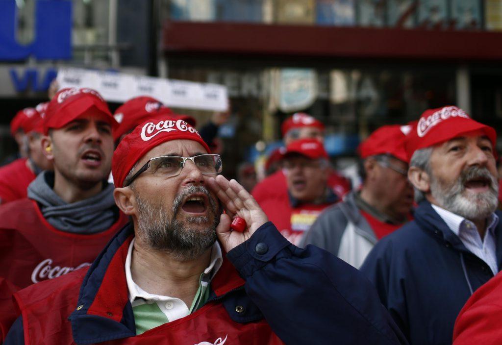 Coca-Cola llega a un acuerdo con trabajadores de Fuenlabrada para pagar complementos y regular antigüedad