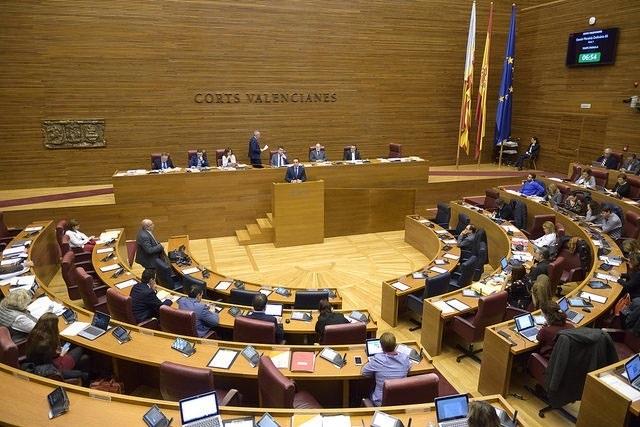 Los contratos con empresas de la Gürtel y el Cupo Vasco, a debate la próxima semana en las Corts valencianas