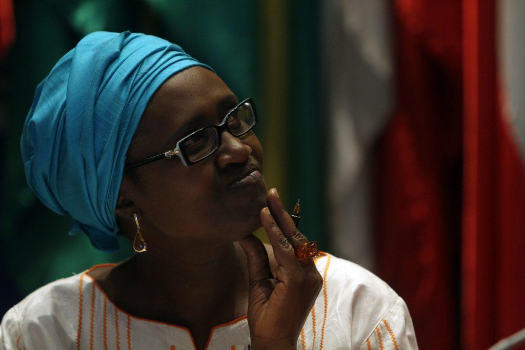 Oxfam Internacional dice que su presidente ha «cooperado» con la investigación