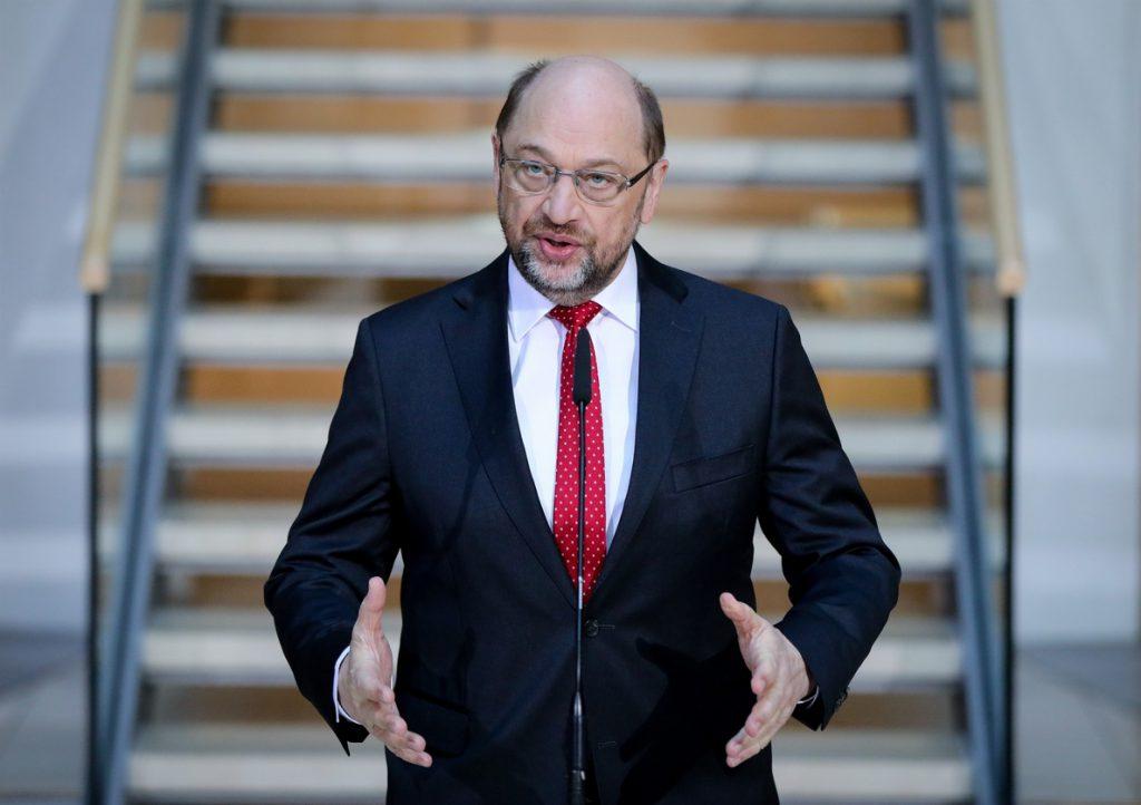 Schulz hace efectiva su dimisión en el SPD, que postula ya a Andrea Nahles como nueva líder