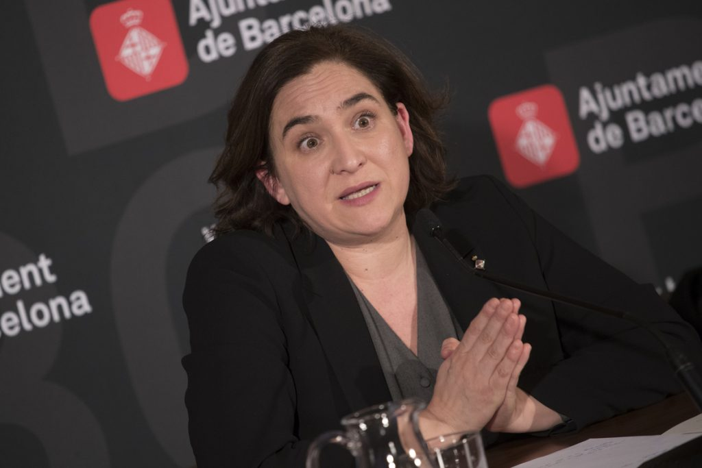 Barcelona usará pisos prefabricados para combatir la «expulsión de vecinos»