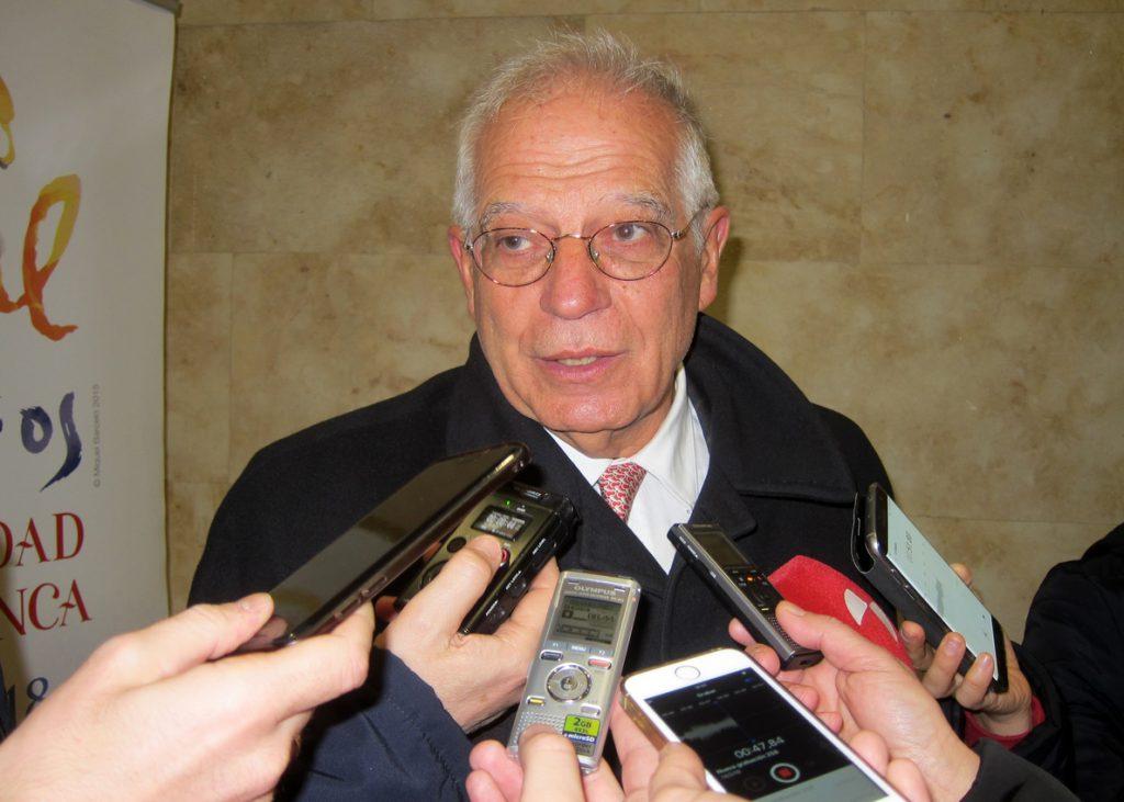 Borrell pide a Torrent que haga «alguna cosa» si no hay acuerdo entre independentistas