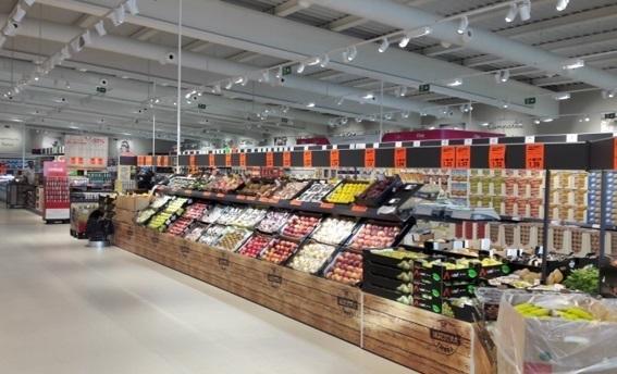 Lidl invierte 5,6 millones en dos nuevas tiendas en Barcelona y crear 50 empleos