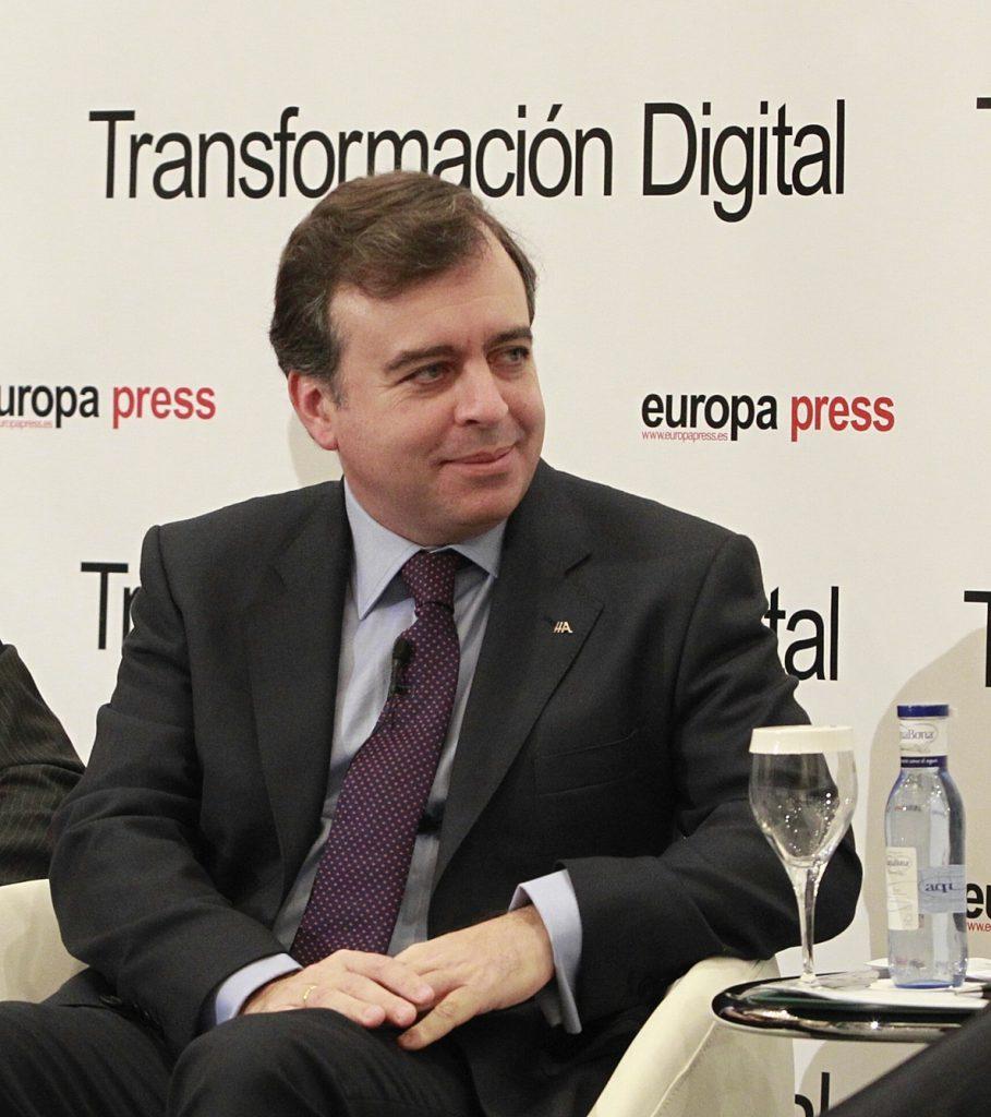 Francisco Botas reivindica una Abanca cercana al cliente y que apuesta por la innovación y la «sostenibilidad»
