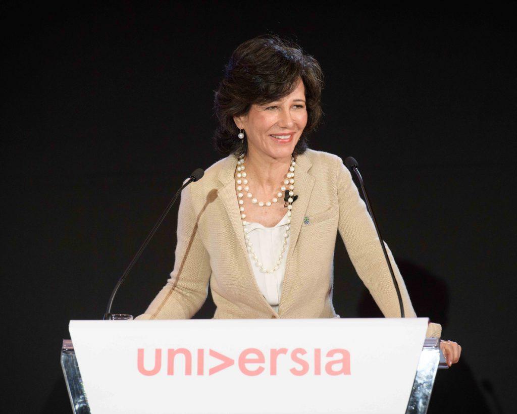 Ana Botín ganó 7,87 millones como presidenta de Santander en 2017, un 6,8% más