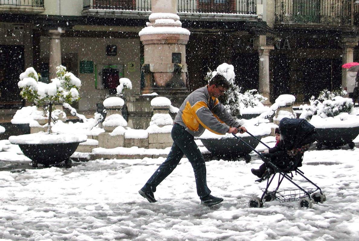 Euskadi, la primera CCAA que equiparará los permisos parentales de la pareja