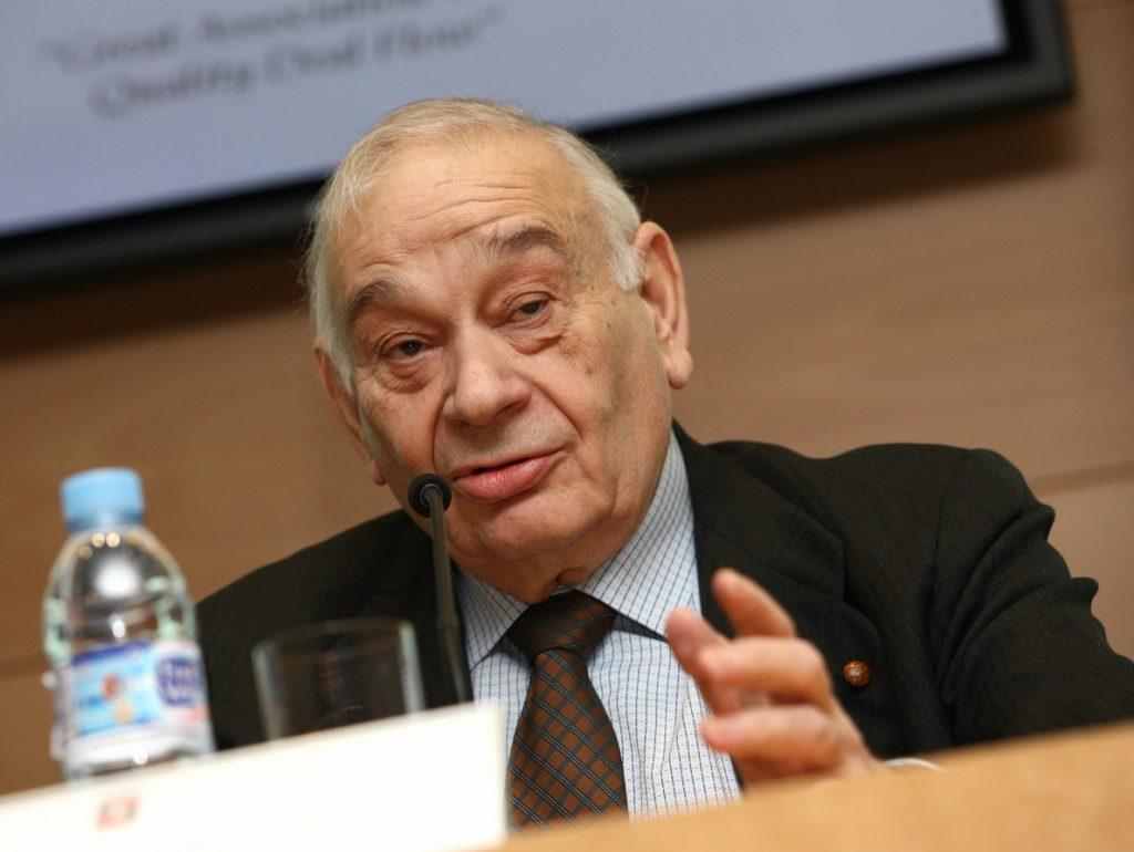 Fallece Blas Calzada, expresidente de la CNMV, a los 80 años
