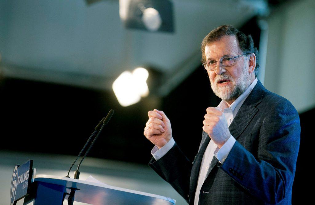 Rajoy pone en valor al PP frente a los «oportunismos y ensoñaciones» de otros