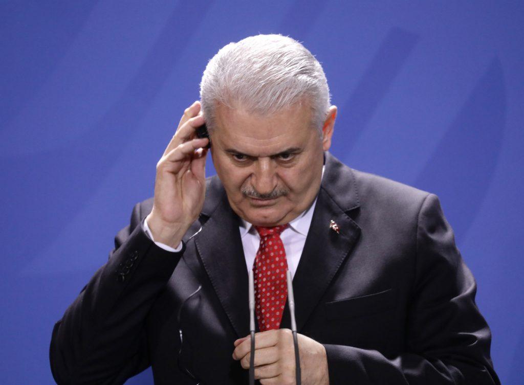 El primer ministro turco asegura que las relaciones con Alemania se están normalizando