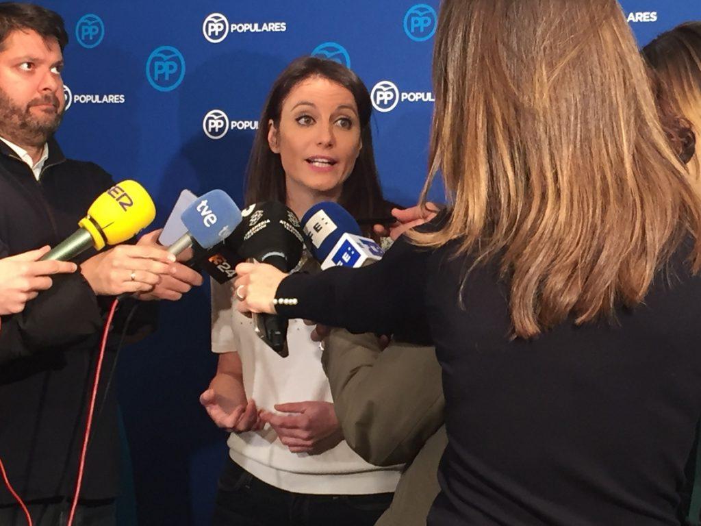 Andrea Levy asegura que quienes sigan el «modus operandi» de Puigdemont tendrán que «rendir cuentas» ante la justicia