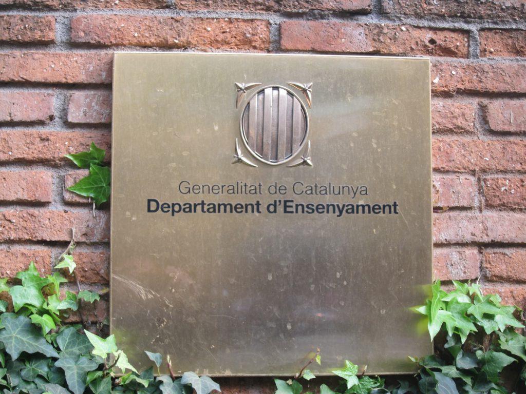 Cataluña retrasa a la primera quincena de abril el inicio de la preinscripción escolar
