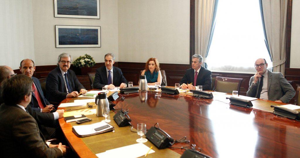 El Congreso pide documentación sobre códigos éticos de otros parlamentos para cumplir con el GRECO este año