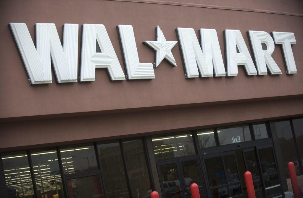 Walmart ganó 9.862 millones de dólares en su último ejercicio, un 28 % menos