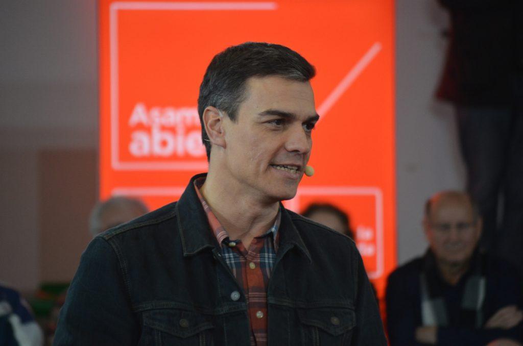 Sánchez defiende un nuevo Estatuto que suponga una Euskadi unida en España y la UE, donde las soberanías son compartidas