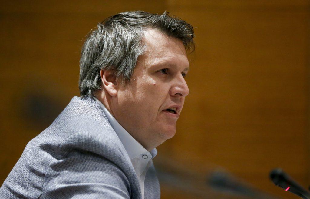 La tensión entre PP y Ciudadanos estalla en el Senado a cuenta de sus finanzas