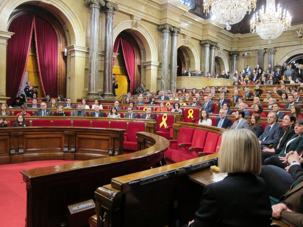 El Parlamento catalán estudia este viernes si convoca el pleno solicitado por Cs para el desbloqueo institucional