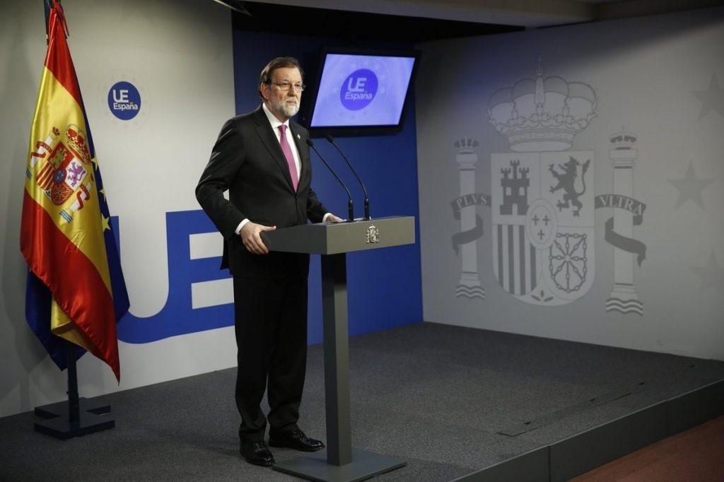 Rajoy pide un candidato en Cataluña sin problemas judiciales y se ofrece a «intentar construir algo razonable»