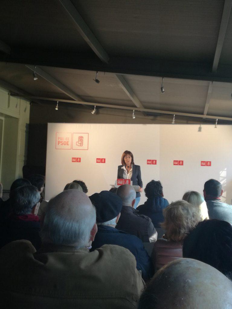 Mendia (PSE) advierte de que no podrá haber una convivencia «plena» en Euskadi «si se orilla la verdad»
