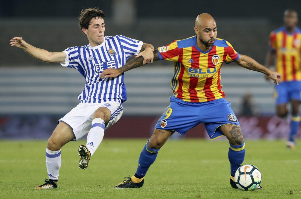 El Valencia a ratificar su mejoría ante una Real Sociedad herida