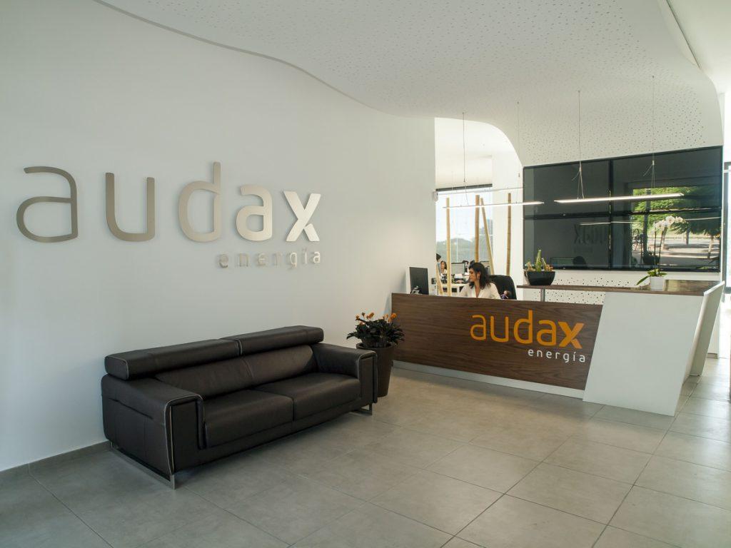 Audax Energía se hace con el 100% de la polaca Deltis