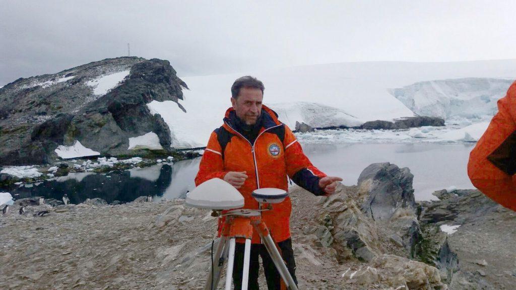 Muere un militar español en la Antártida a bordo del Hespérides