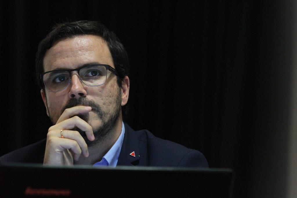 Garzón augura movilizaciones ante el «ataque» a los derechos y a lo público de un Gobierno «reaccionario»