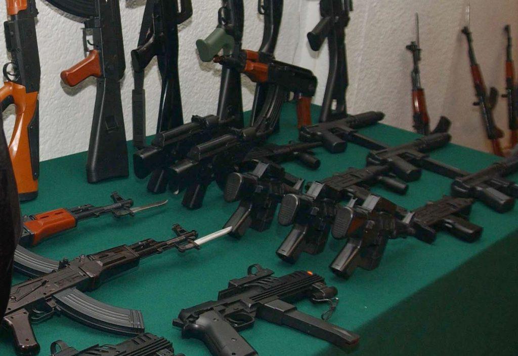 Cuando Estados Unidos prohibió las armas de asalto
