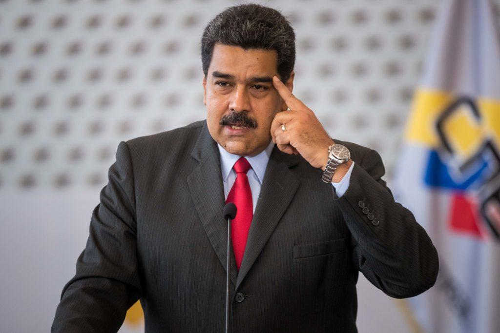 La precampaña para las presidenciales venezolanas arranca solo en las redes sociales